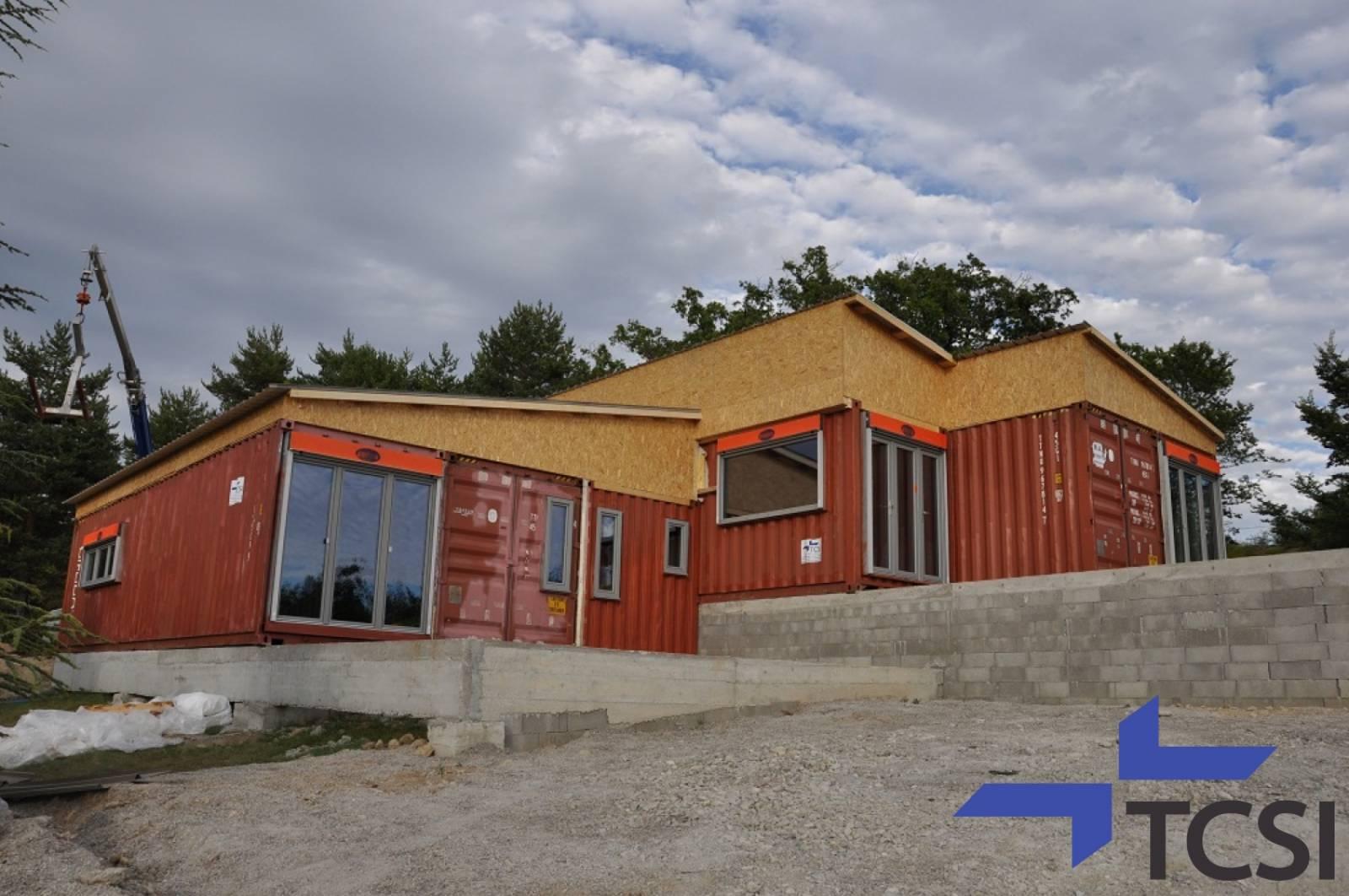 Faire Construire Une Maison Container faire construire une maison en containers à lyon